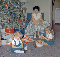 Vintage. The late Shirley Ritzler, with children Paddi (left) and Perri, Christmas 1958.