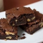 Ultimate Brownies-- these really are the best brownies ever, vegan or not. We like to take these to food-sharing gatherings, where every last crumb is guaranteed to disappear. Vegan Treats, Vegan Foods, Vegan Desserts, Just Desserts, Dessert Recipes, Bar Recipes, Baking Recipes, Vegan Gluten Free Brownies, Best Vegan Brownies