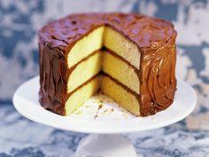 Schoko-Biskuit-Torte | Zeit: 1 Std. 15 Min. | http://eatsmarter.de/rezepte/schoko-biskuit-torte