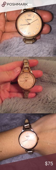 Rose gold fossil watch perfect condition! Rose gold fossil watch perfect condition! Genuine leather band and a newly replaced battery! Rose face ! So beautiful! Fossil Accessories Watches