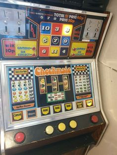 Checkmate fruit machine Pinball, Arcade Games, Hold On, Fruit, Classic, Derby, Naruto Sad, Classic Books