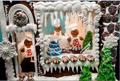 Gingerbread houses at Bredenbeck's Bakery