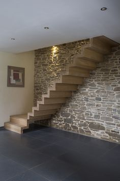 D'Hondt Interieur in 2020 Cantilever Stairs, Metal Stairs, Modern Stairs, Home Stairs Design, Interior Stairs, Home Design Plans, L Shaped Stairs, Types Of Stairs, Living Room Tv Unit Designs