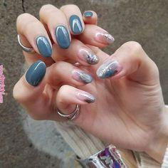 Nail art Christmas - the festive spirit on the nails. Over 70 creative ideas and tutorials - My Nails Acrylic Nail Designs Classy, Classy Acrylic Nails, Pastel Nails, Classy Nails, Cute Nail Colors, Fall Nail Colors, Cute Nails, Tatuajes Tattoos, Oval Nails