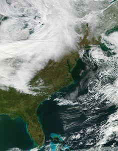 Amazing true-color photo of the U.S. East Coast. (Credit: NASA/Suomi NPP/Atmosphere PEATE/Univ. of Wisconsin-Madison/Liam Gumley)