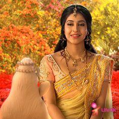 Parvati talks to the idol of Lord _________ a. Shree Ganesh b. Devon Ke Dev Mahadev, Sonarika Bhadoria, Ballroom Costumes, Goddess Lakshmi, Stunning Women, Beautiful Ladies, Most Beautiful Indian Actress, Indian Beauty Saree, Indian Celebrities
