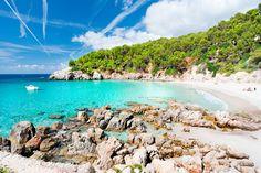 LAS CALAS QUE SOÑAMOS TODOS (Playa de Cala Escorxada, Menorca). #menorcamediterranea #menorca