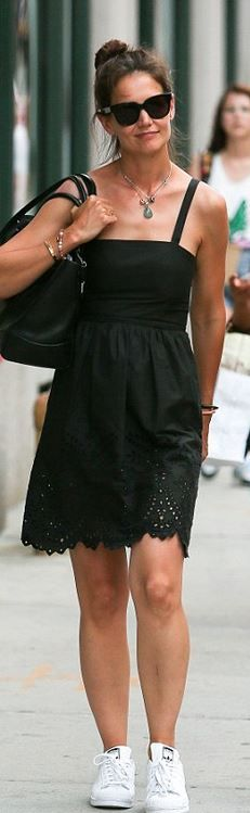 Who made  Katie Holmes' white sneakers and black scallop lace dress?