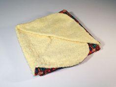 #Arrullo. Hecho con algodón por la parte exterior y rizo suave al contacto con el bebé, que le proporciona calor.