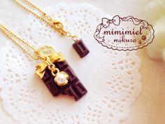 【再々販】食べかけチョコレートのネックレス【受注製作】 by mikuro アクセサリー ネックレス