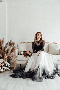 Cordelia skirt - Rock the Frock presents our wedding dress boutiques collection ⚡ Chic, Boho, Cool Wedding Dresses for Modern brides! Bride Look, Boho Bride, Boho Wedding Dress, Wedding Dresses, Wedding Themes, Dream Wedding, Wedding Day, Wedding Shit, Friend Wedding