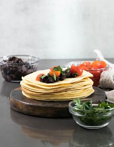 These low carb tortillas are made with a blend of almond flour and coconut flour, and the dough is amazingly easy to handle. With less than 2 net carbs per tortilla, they're going to be your new favorite gluten free tortilla! Almond Flour Tortilla Recipe, Recipes With Flour Tortillas, Gluten Free Tortillas, Low Carb Tortillas, Best Gluten Free Recipes, Low Carb Recipes, Gf Recipes, Snack Recipes, Low Carb Bread