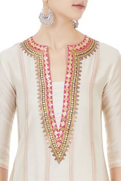 Best 12 Shop Chandni Rai - Off white chanderi gota embroidered kurta & dupatta Latest Collection Available at Aza Fashions Salwar Neck Designs, Kurta Neck Design, Neck Designs For Suits, Neckline Designs, Kurta Designs Women, Dress Neck Designs, Blouse Designs, Fancy Dress Design, Stylish Dress Designs