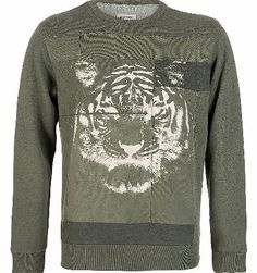 Diesel S Fala Sweatshirt Jumper Diesel S Fala Sweatshirt Jumper a ribbed crew neckline waist band and cuffs on the long sleeves. A panelled design on the front body of the sweatshirt in contrasting fabrics with a tiger face printed  http://www.comparestoreprices.co.uk/designer-sweatshirts/diesel-s-fala-sweatshirt-jumper.asp