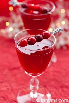 Cranberry Apple Sparkler - Try this yummy recipe for the holidays.