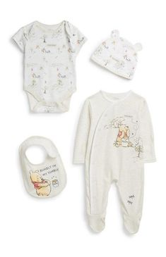 Primark - Newborn Winnie The Pooh Outfit Disney Baby Clothes, Unisex Baby Clothes, Cute Baby Clothes, Winnie The Pooh, Baby Outfits Newborn, Baby Boy Outfits, Newborn Fashion, Cute Baby Boy, Cute Babies