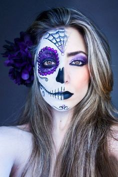 maquiagem halloween - make up halloween - diy makeup - Up Halloween, Halloween Face Makeup, Halloween Costumes, Face Paint For Halloween, Mexican Halloween, Vintage Halloween, Maquillage Sugar Skull, Horror Make-up, Make Up Gesicht
