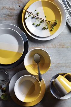Make a statement with colorblocking-meets-pattern dinnerware and napkins—easy to match but way more fun to mix.