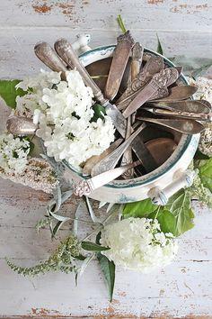 White flowers, vintage ironstone & silverware - VIBEKE DESIGN
