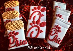 Chick fil a cookies Fancy Cookies, Cut Out Cookies, Iced Cookies, Cute Cookies, Royal Icing Cookies, Sugar Cookies, Heart Cookies, Cupcakes, Cupcake Cookies