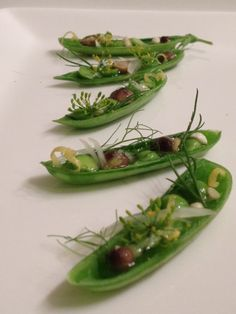 innovative plant food take from private chef and student, deborah. Raw Food Recipes, Gourmet Recipes, Plats Healthy, Gluten Free Puff Pastry, Food Decoration, Molecular Gastronomy, Appetisers, Culinary Arts, Clams