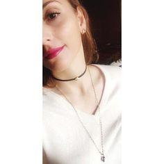 Creativity is contagious,pass it on 💫Hot pink lipstick 💄 and a fierce neckstack ➡️ Shop #linkinbio📲💻 #GAjewelry #GAjewelrybyDimitraC