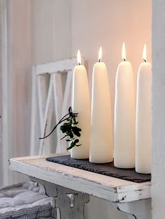 Advent Candle Inspiration - love the simplicity. Just what the Christmas message is - simple, clear, Truth. Advent Candles, Candle Lanterns, Bougie Partylite, Chandelier Bougie, Candle In The Wind, Deco Originale, White Candles, Unique Candles, Home And Deco