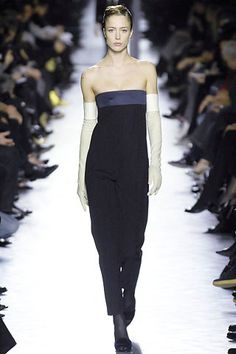 Saint Laurent Fall 2007 Ready-to-Wear Collection Photos - Vogue