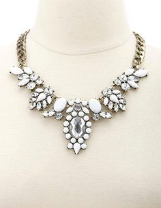 Faceted Stone Statement Necklace: Charlotte Russe $8.99 again wth would i wear this with