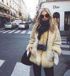 Pinterest: @valriadamsio  Instagram: valeria_damasioo