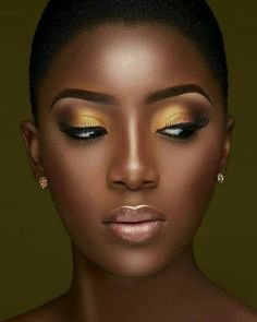 36 Brilliant Daily Makeup Ideas in 2019 for Dark Skin - Makeup Looks Classic Makeup For Black Skin, Gold Makeup Looks, Black Girl Makeup, Girls Makeup, Gorgeous Makeup, Makeup Black Women, Daily Makeup, Makeup Tips, Eye Makeup