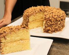 If you are a massive Golden Gaytime fan you will love to make this amazing Cake. It will fly off the plate!