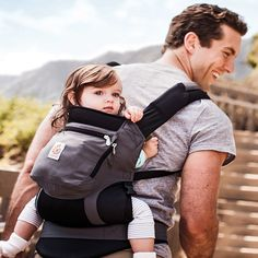 bca07afa8a13 A baby carrier makes this happen, but finding the best baby carrier in  which their child stays happy.