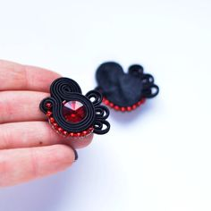 Flamenco collection-SEVILLA - soutache earrings, black and red, orecchini soutache,Boucles d'oreilles soutache Shibori, Handmade Necklaces, Handmade Jewelry, Soutache Earrings, Polymer Clay Charms, Fabric Jewelry, Neck Warmer, Natural Leather, Leather Jewelry