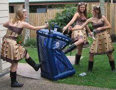 Doctor Who Amy Estanque de Policía Traje Lifesize cartón recorte Karen Gillan