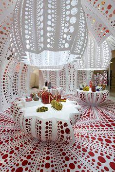 Louis Vuitton & Yayio Kusama Installation at Selfridges London until 19th October