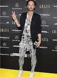 I Meggings: i leggins da uomo - http://www.tentazionefashion.it/i-meggings-i-leggins-da-uomo/ #man #fashion #look #tendenze #novità