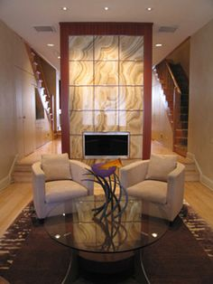 translucent stone - glass back Contemporary Fireplace Designs, Contemporary Interior, Ceiling Design, Wall Design, Fireplace Feature Wall, Lcd Panel Design, Geode Decor, Luxury Interior Design, Interior Designing