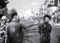 See How a Single Photo From Vietnam Helped Fuel The Anti-War Movement What Is Life About, All About Time, Laos, National Police, Vietnam War Photos, Iwo Jima, Powerful Images, Prisoners Of War, Us Marines