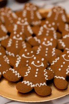 Winter Wedding Ideas - Ideas for Winter Weddings - gingerbread cookies, great with hotwine glögg Winter Wedding Favors, Rustic Wedding Favors, Wedding Reception, Winter Weddings, Winter Bride, Wedding Decorations, Christmas Wedding Favours, Wedding Themes, Reception Food