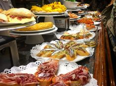 Basque Country Gastro Guide: Where and What to Eat & Drink in San Sebastián, Bilbao, Vitoria & Rioja Alavesa - Driftwood Journals Madrid Food, Tapas Spain, Spanish Potatoes, Madrid Restaurants, Tapas Bar, Cheap Meals, Budget Meals, Appetizers, Vacation