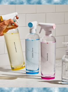 All you need to eliminate single-use plastic from your cleaning routine. Each cleaning tablet makes of cleaner and each foaming hand soap tablet makes of soap that comes packaged in compostable paper. Cleaning Spray, Green Cleaning, Cleaning Hacks, Cleaning Supplies, Spring Cleaning, Mirror Cleaner, Eco Friendly Cleaning Products, Packing A Cooler, Bottle Packaging
