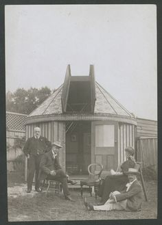 William John Macdonnell, Mrs Macdonnell, Nathanial Basnett and G. D Hirst in front of W. J. Macdonnell's private observatory in Mosman, c.1907. Macdonnell was a leading member of the NSW branch of the British Astronomical Association.