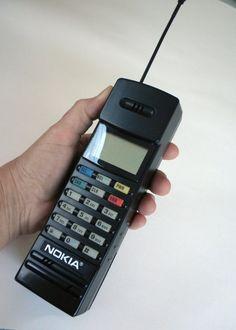 80s Vintage Nokia PT612 Brick Phone / Black 80s by LUXURYLIFE