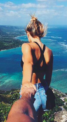 This couple are literally living the dream. Jay Alvarrez is a photographer and extreme athlete whilst his girlfriend, Alexis Rene is a model. Summer Goals, Summer Of Love, Summer Sun, Summer 2016, Jay Alvarrez, Alexis Ren, Photo Couple, Vacation Pictures, Vacation Photo