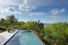 It's 'Vacation Mode' 24/7 at This Fabulous Hillside Retreat - Great Escapes - Curbed National