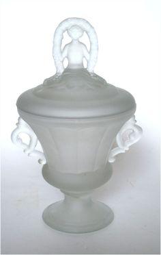 L.E. Smith Spring Nymph Satin Powder Jar
