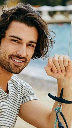 Handsome Italian Men, Elcin Sangu, Vogue Men, Beach Poses, Turkish Beauty, Turkish Actors, Good Looking Men, Actors & Actresses, Gentleman