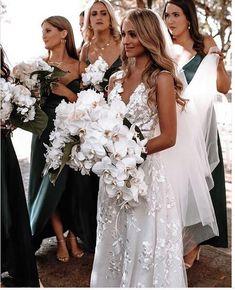 V Neck Wedding Dress, Dream Wedding Dresses, Bridal Dresses, Wedding Goals, Wedding Pics, Wedding Day, Wedding Things, Wedding Reception, Lace Wedding