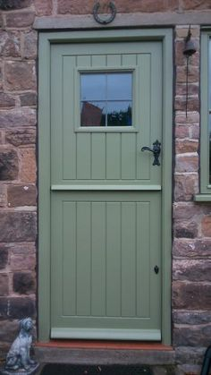 chartwell green stable door - Google Search Porch Windows, Front Doors With Windows, Back Doors, Upvc Stable Doors, Cabin Doors, Garage Door Paint, Garage Door Makeover, Cottage Extension, Cottage Door